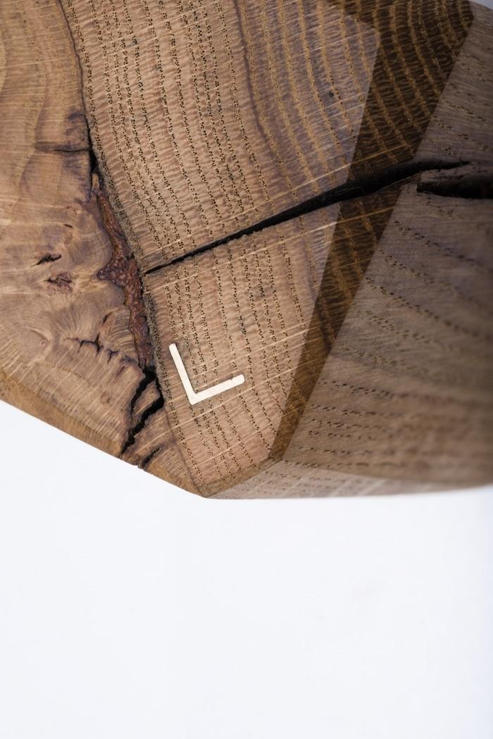 Wandleuchte – Verschnitt Kubusleuchte Wand – Eichenholz – Detailansicht