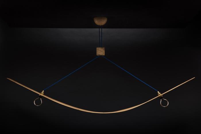 Hängeleuchte – Bogenlampe – Verschnitt – Eichenholz – Produktansicht