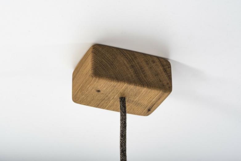 Hängeleuchte – Albatros – Verschnitt – Eichenholz – Detailansicht